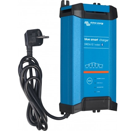 BLUE SMART VICTRON ENERGY IP22 CHARGER 24V 16A